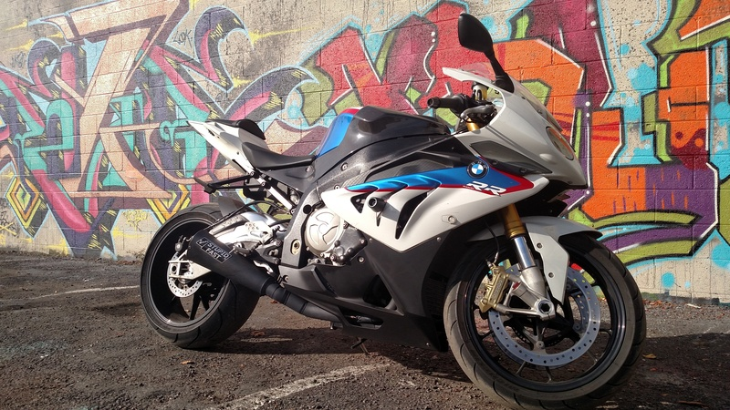 Bo anh dep cua BMW S1000RR theo phong cach Grafity - 7