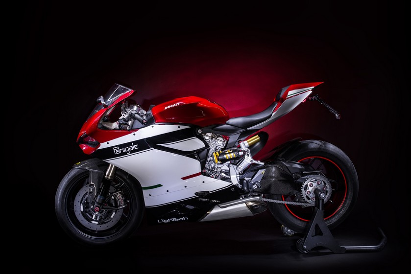 Ducati 1199 Panigale phien ban full Lightech