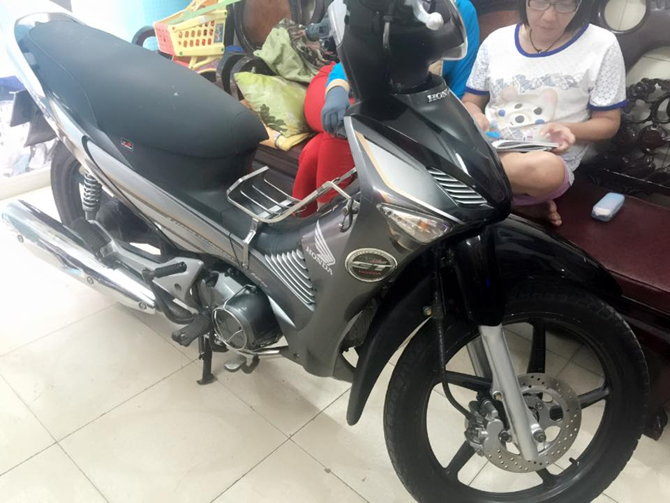 Honda Future Neo GT 125 BStp 4 so 3896 chinh chu - 7