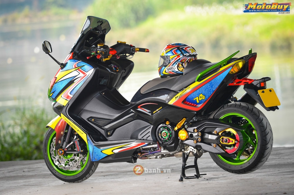 Yamaha TMax do day sang chanh voi phien ban Rainbow - 11