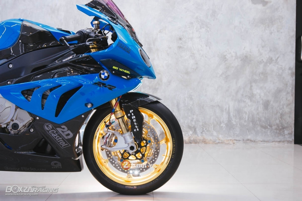 BMW S1000RR day kich thich voi phien ban do sieu chat - 11