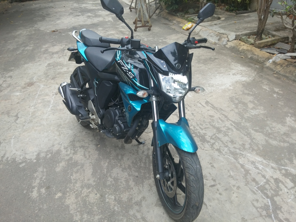 Can ban fzs v2 2015