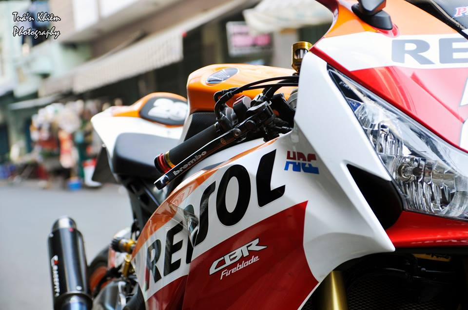 CBR1000RR SP so hieu 26 nhieu do choi noi bat - 5