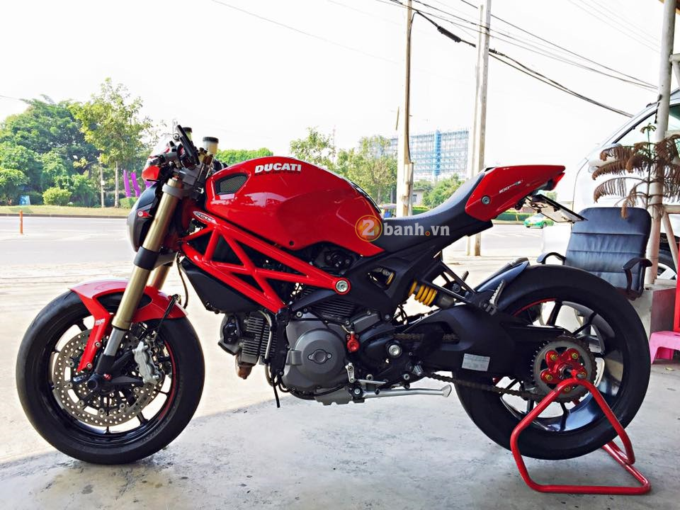 Ducati Monster 1100 do nhe day tinh te cua biker Thai - 9