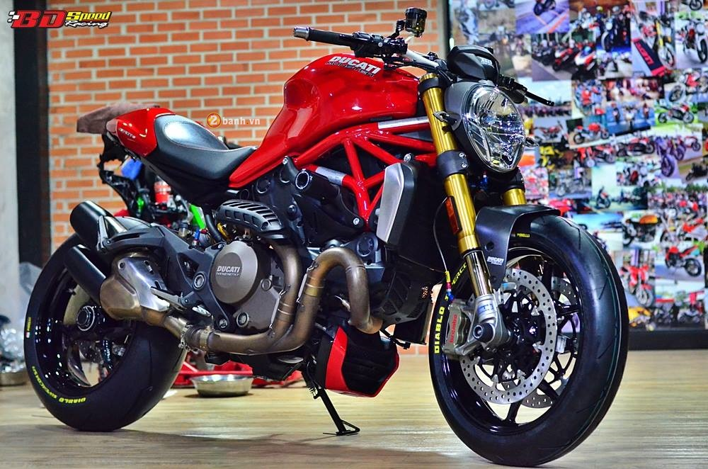 Ducati Monster 1200S do sieu ngau voi dan do choi day hang hieu