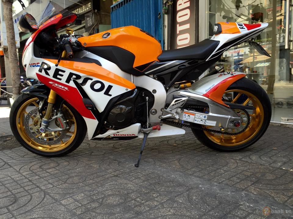 Honda CBR1000RR SP Repsol 2015 do cuc chat tai Sai Gon