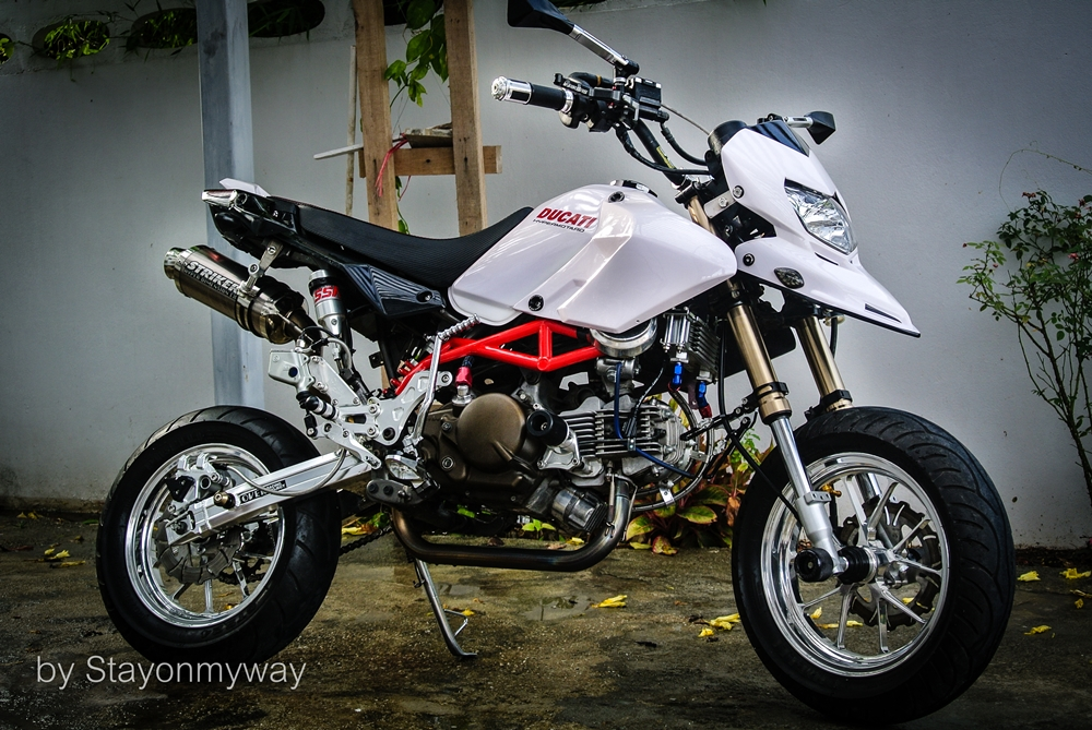 Kawasaki KSR do thanh Ducati Hypermotard - 2