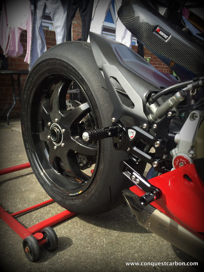 Ducati 1299 Panigale voi ban do khung nhat hien nay - 3
