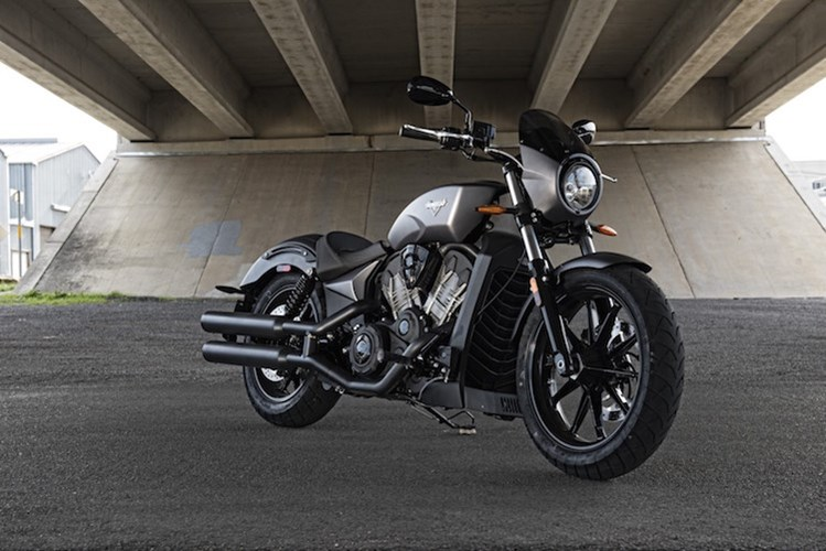 Victory ra mat dong xe Cruiser the thao Octane 1200 nham canh tranh voi Harley VRod - 2