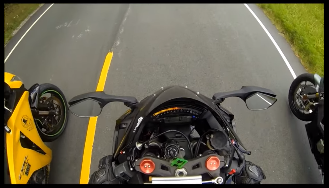 Clip So tai toc do giua Honda CBR1000RR vs BMW S1000RR va Kawasaki ZX10R