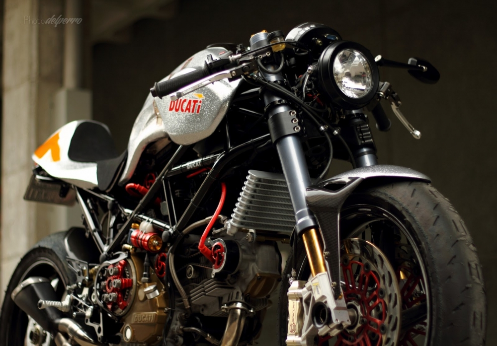 Ducati S2R 1000 do phong cach Cafe Racer - 3