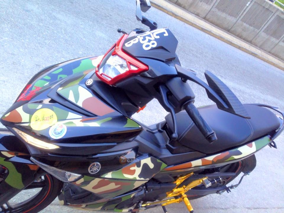 Exciter 150 do theo phong cach Linh My cua biker nuoc ban