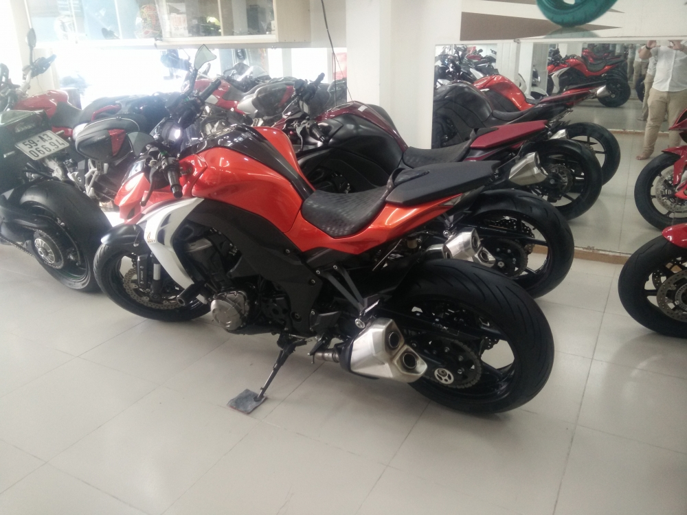 Showroom Motor Ken z1000 than thanh 2016 da co mat tai cua hang