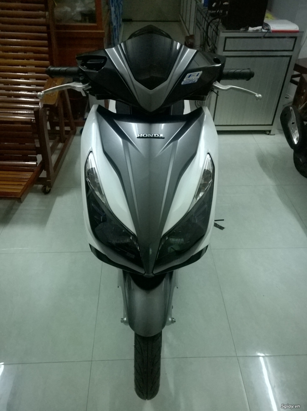 Air Blade FI 125cc moi 99 bien so VIP ngu quy 33333