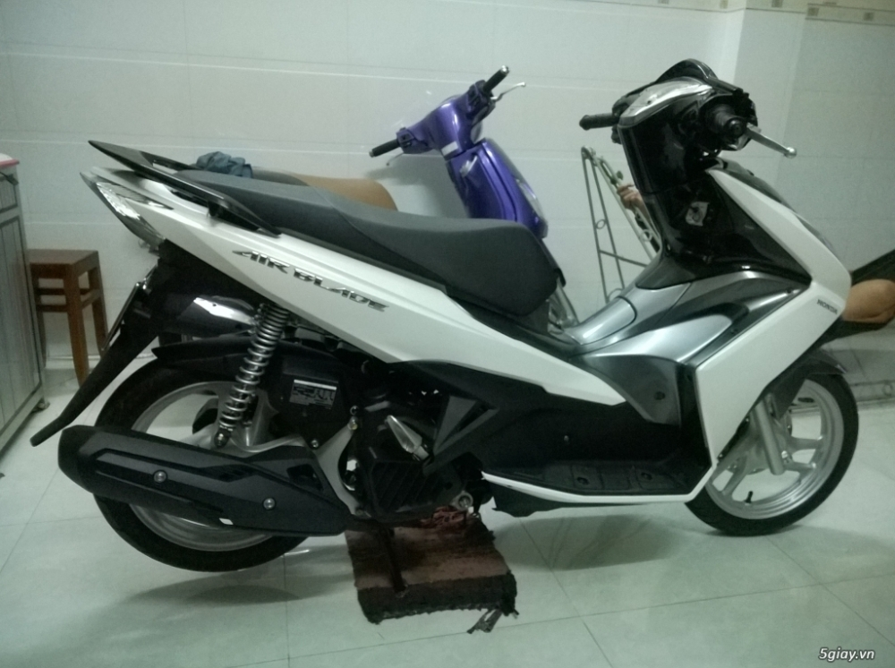 Air Blade FI 125cc moi 99 bien so VIP ngu quy 33333 - 9