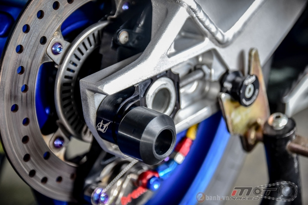 BMW S1000RR hoan hao trong phien ban do Super OHM - 13