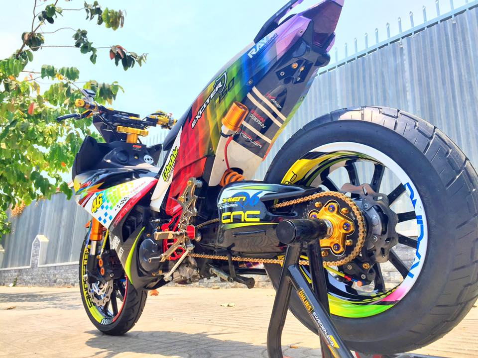 Chiec Exciter 150 do gap don khung cua Ducati 1198