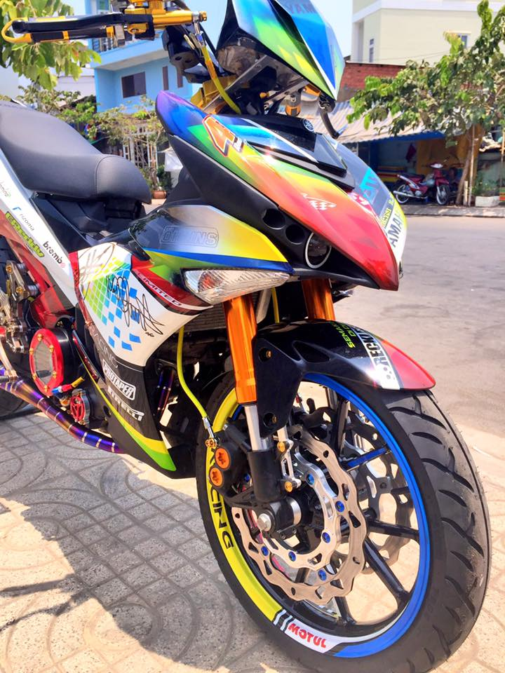 Chiec Exciter 150 do gap don khung cua Ducati 1198 - 3