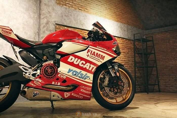 Ducati 899 Panigale cuc chat trong ban do den tu GForce - 3