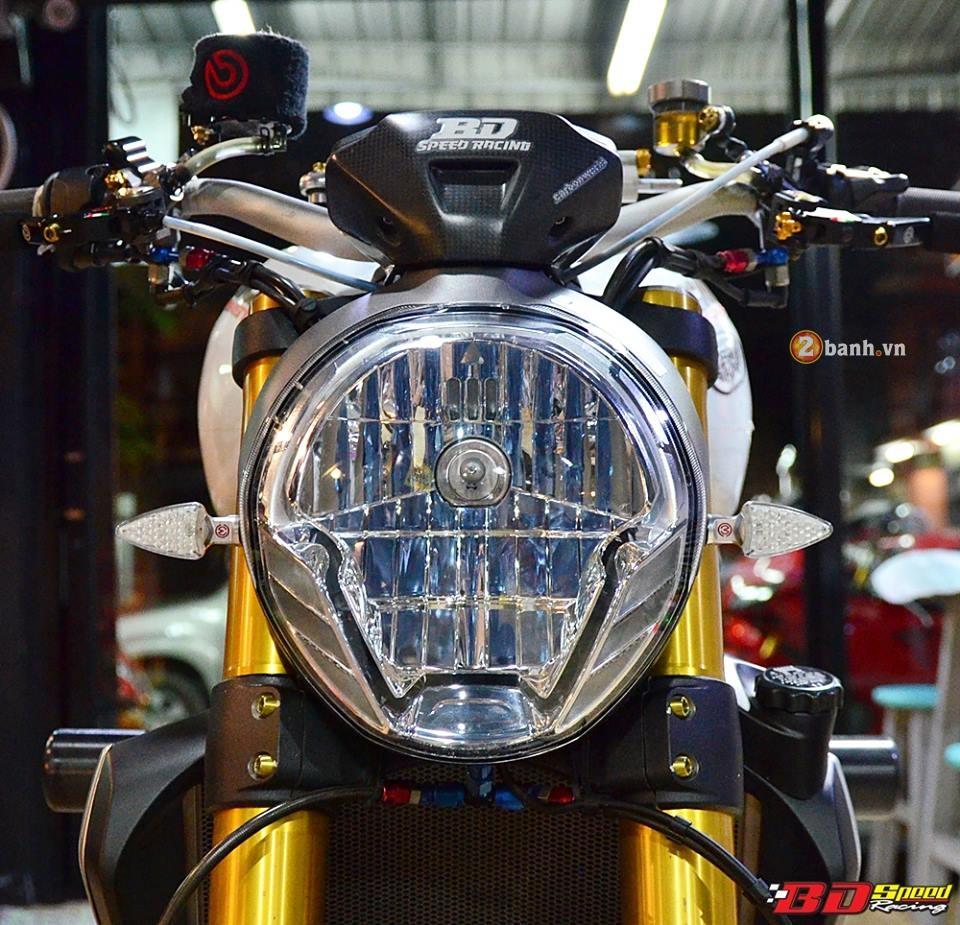 Ducati Monster 1200 do cuc khung cung dan do choi dat tien - 3