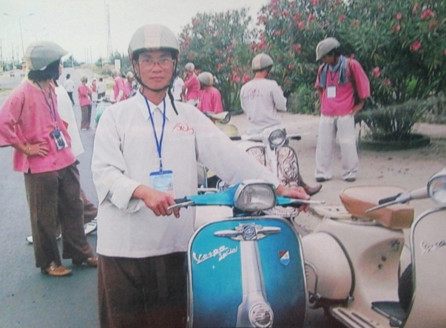 Phu thuy Vespa co tren dat Co do