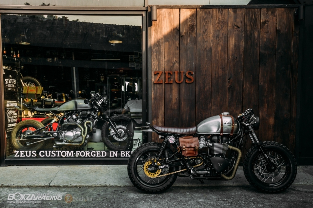 Tuyet tac Triumph Bonneville SE Black do Cafe Race tu Zeus Custom - 3