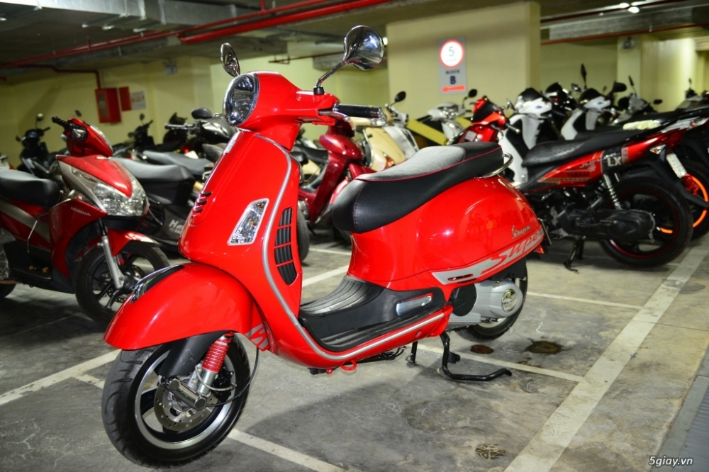 Vespa 125 Gts 3v ie do tuyet dep - 6