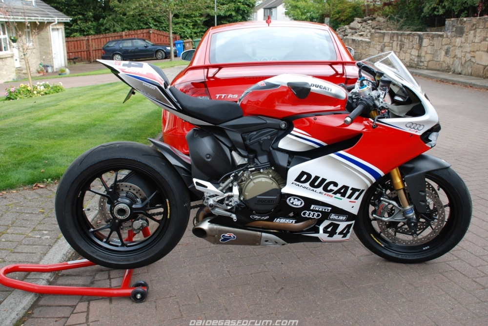 Ducati 1299 Panigale ban do cua Audi Racing - 9