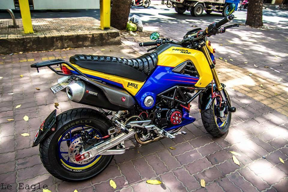 Honda MSX son Air Brush noi bat cung nhieu phu kien do choi - 2