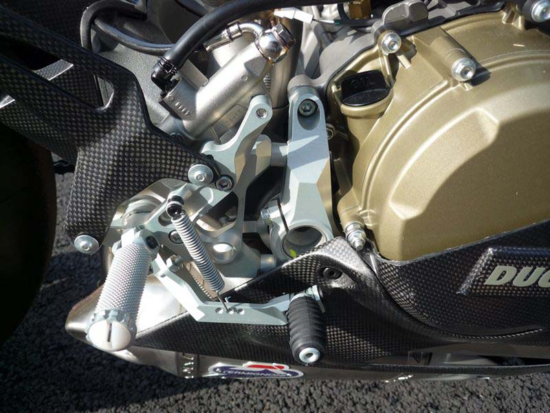 Sieu pham Ducati 1199 Panigale RS12 full carbon - 3