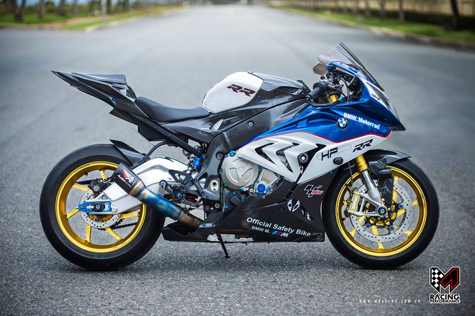 BMW S1000RR kich doc va cuc chat tu MRacing