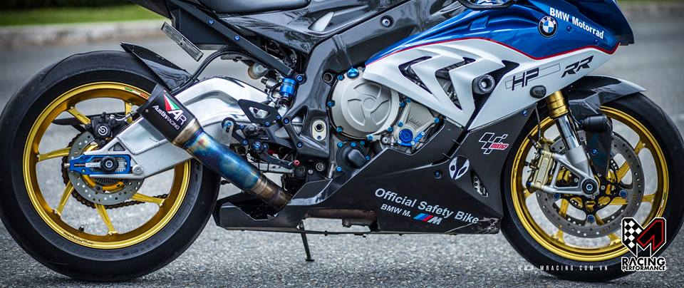 BMW S1000RR kich doc va cuc chat tu MRacing - 3
