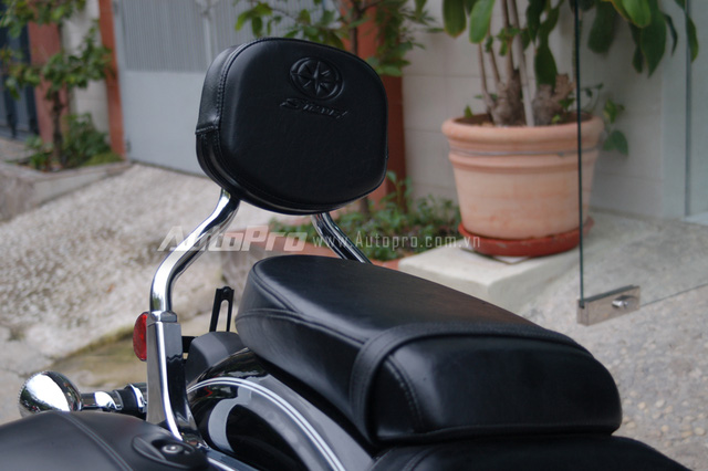 Can canh hang hiem Yamaha V Star 1300 Deluxe vua duoc nhap ve VN - 5