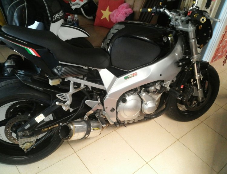 Can ra di e yzf 600 da do nhe mot so do choi