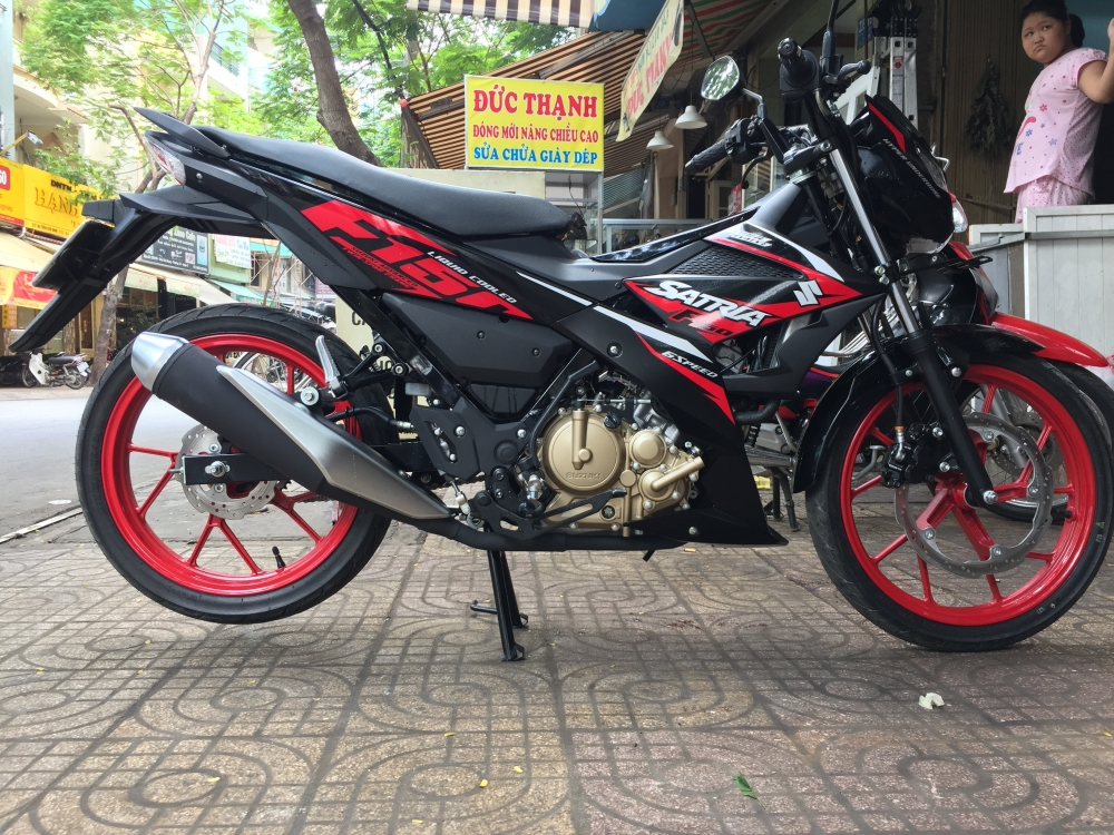 Clip Cuoc dua toc do Honda Winner 150 Yamaha Exciter 150 Suzuki Raider 150