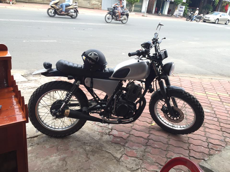 Daelim vs125 up brat track tracker cafe racer - 2