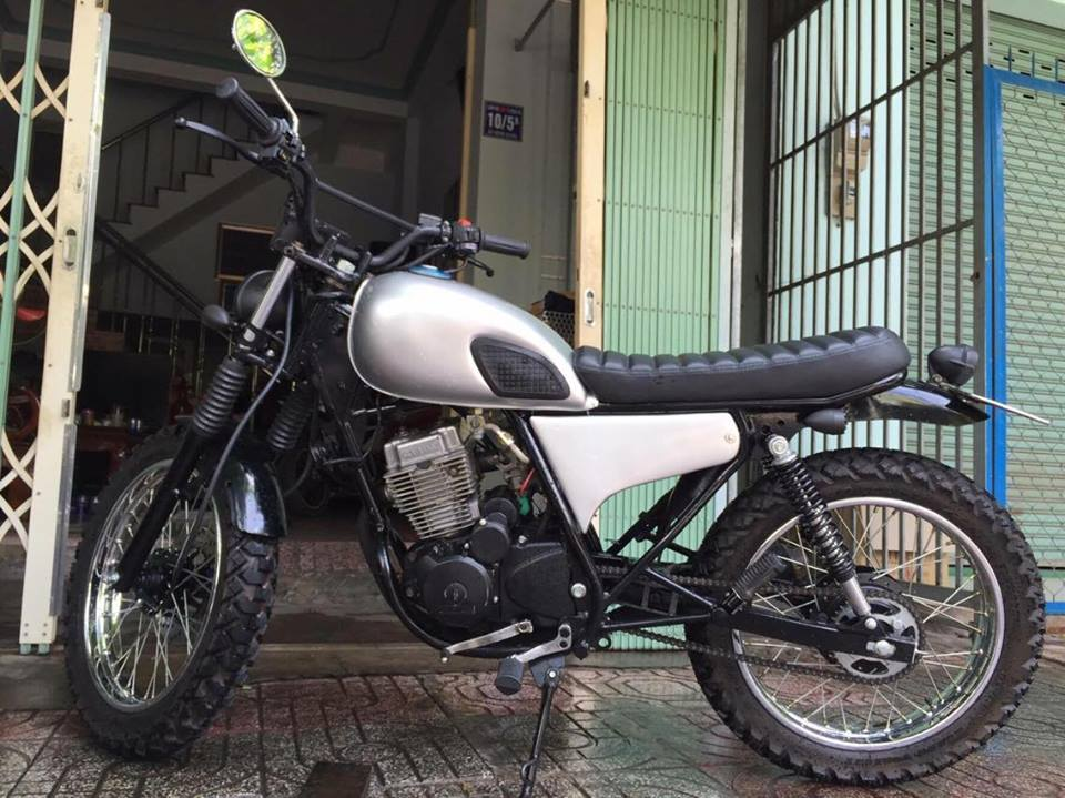 Daelim vs125 up brat track tracker cafe racer - 4