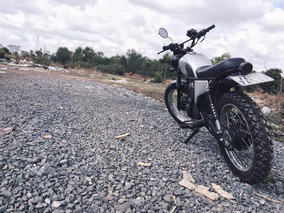 Daelim vs125 up brat track tracker cafe racer - 10