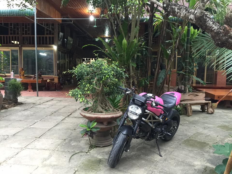 Ducati Monster 1100 EVO day noi bat voi bo canh hong ca tinh - 3