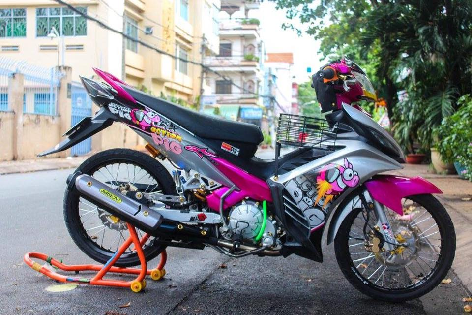 Exciter 135 day ca tinh voi phien ban Action Pig - 2