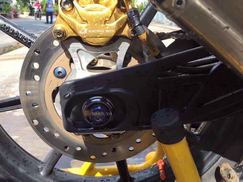 Exciter 135 Den Cam do cuc ngau voi rat nhieu do choi Racing Boy - 9