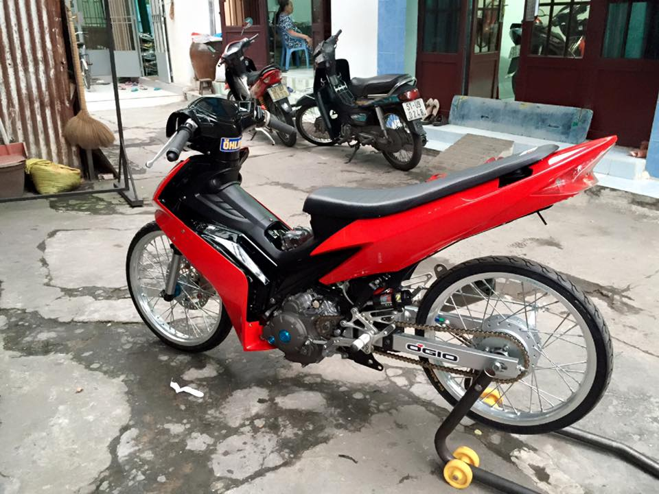Exciter 150 do Drag phong cach Movistar 46 Edition - 2