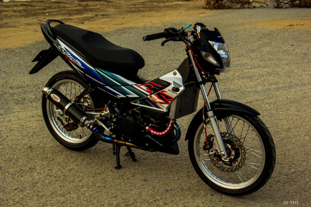 Honda Sonic 125 do full dan do choi hang hieu cuc chat