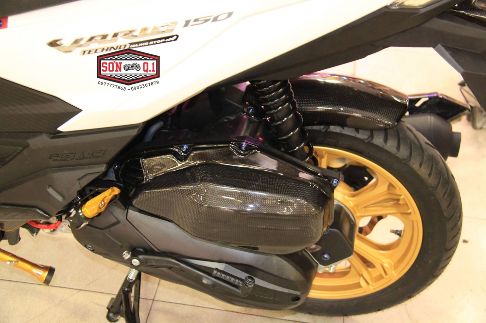 Honda Vario 150 op Carbon cung nhieu do choi cuc chat - 10