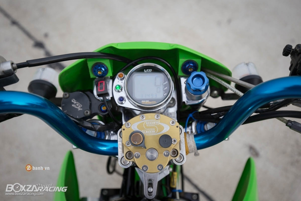 Kawasaki KSR do day phong cach tu Tako Racing - 7