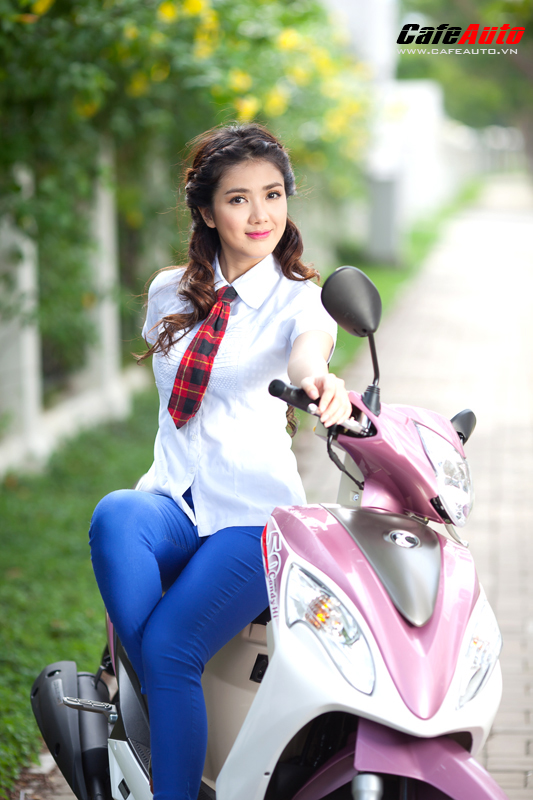Kymco Candy 50 so dang cung hot girl Linh Napie - 15