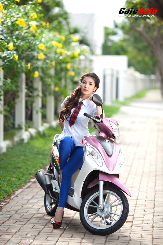 Kymco Candy 50 so dang cung hot girl Linh Napie - 17