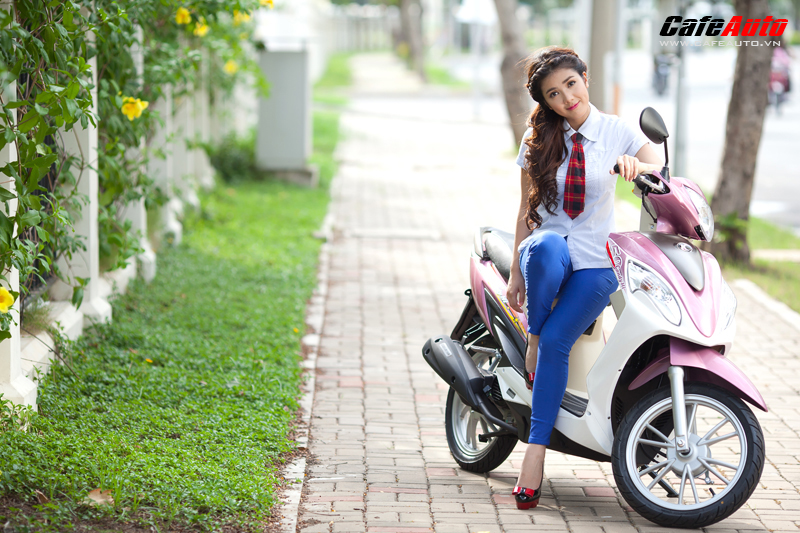 Kymco Candy 50 so dang cung hot girl Linh Napie - 16