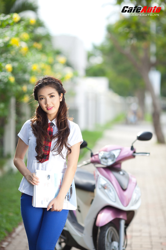 Kymco Candy 50 so dang cung hot girl Linh Napie - 22