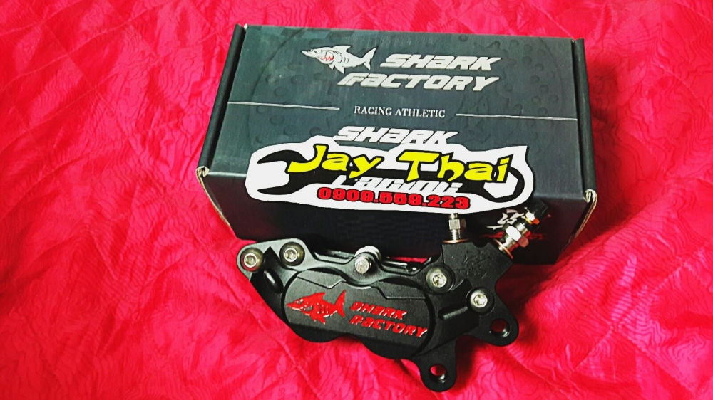 Heo dau SHARK FACTORY 4 Piston - 3